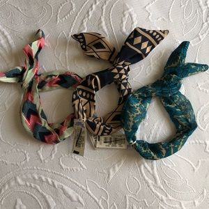 NWT💙AE assorted print pony wraps! Wired!